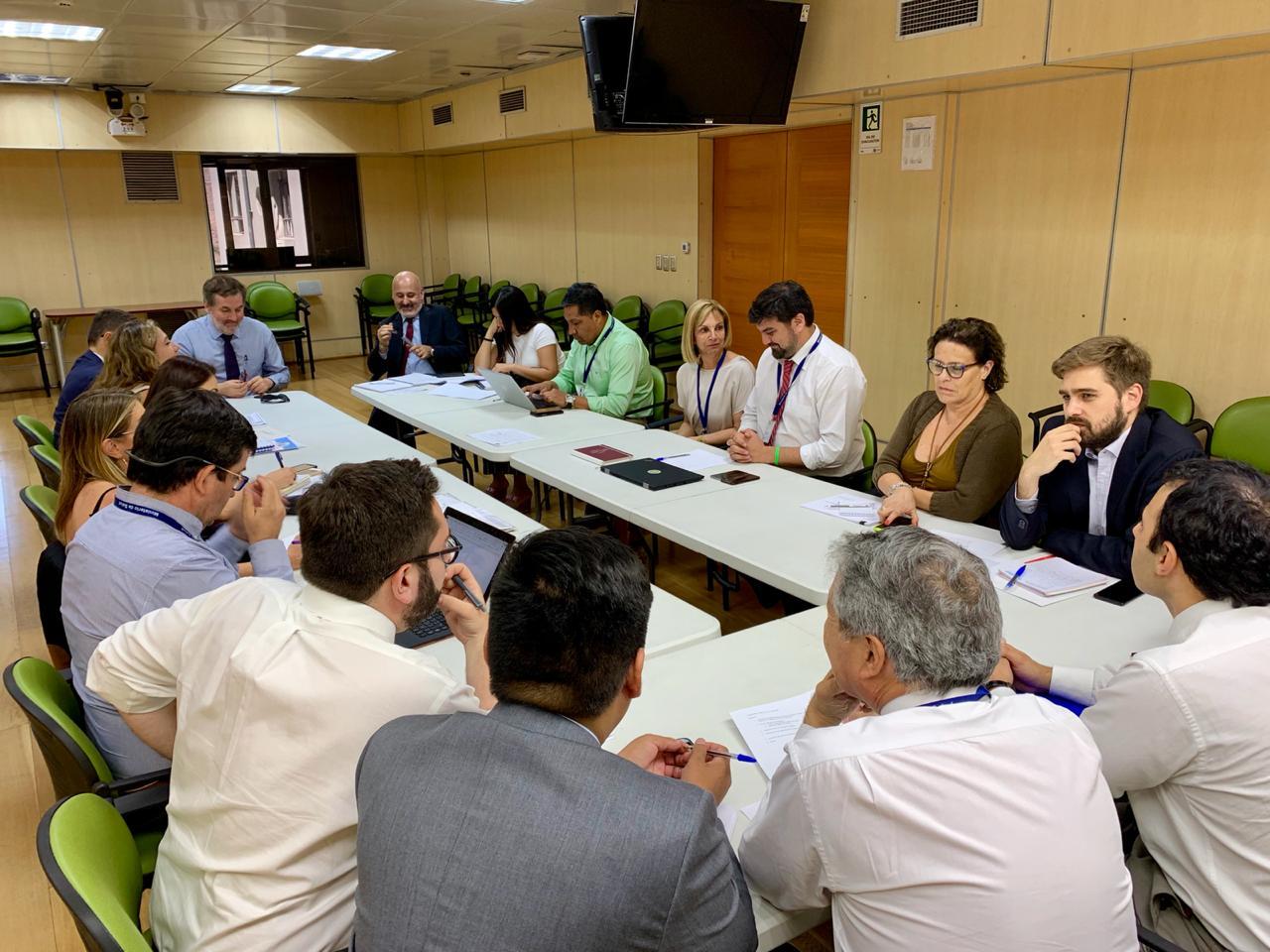 Mesa de Seguridad intersectorial se reúne para abordar agresiones a trabajadores del Sistema Público de Salud